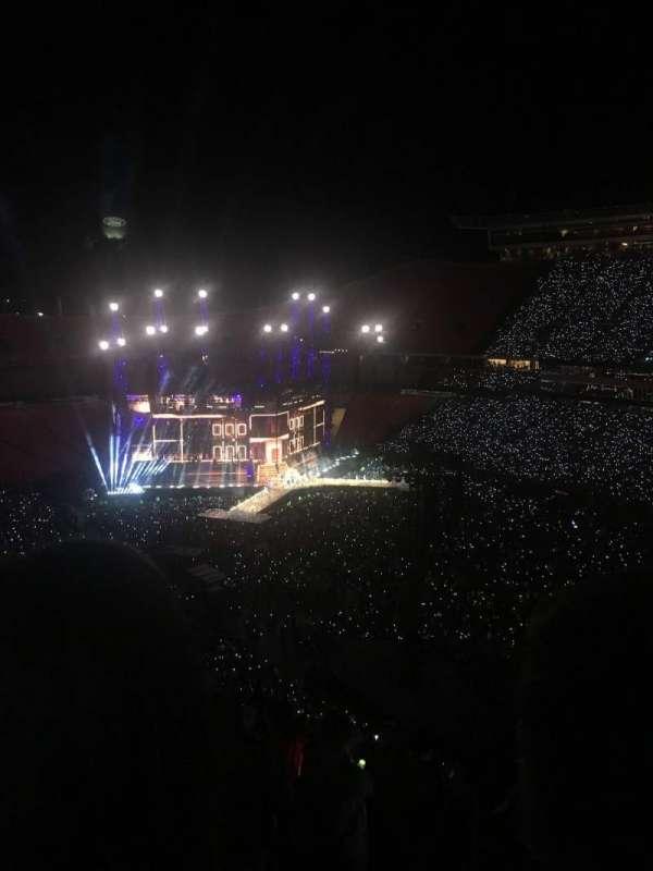 Arrowhead Stadium, section: 324, row: 18, seat: 13-14