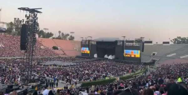 Rose Bowl, section: 15-H, row: 42, seat: 109