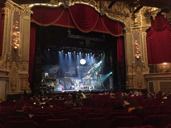 Nederlander Theatre (Chicago), section: Orchestra L, row: W, seat: 13