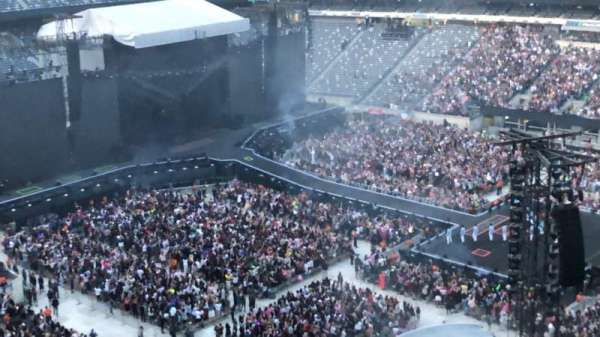 MetLife Stadium, section: 335, row: 1, seat: 13