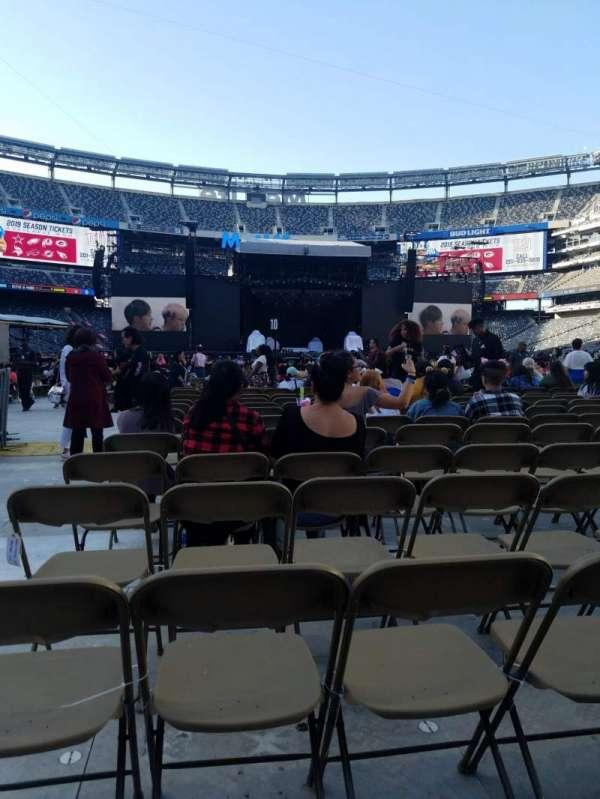 Metlife Stadium , section: 13, row: 14, seat: 21