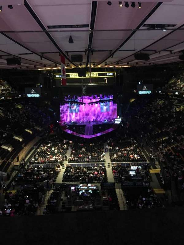 Madison Square Garden, section: 305, row: 1, seat: 10