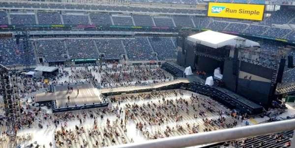 metlife stadium, section: 315, row: 1, seat: 9