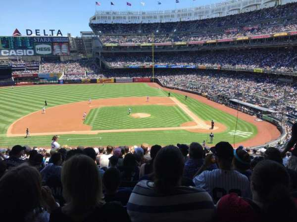 Yankee Stadium, section: 224, row: 18, seat: 4