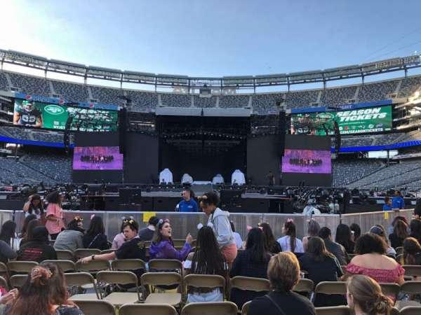 MetLife Stadium, section: 9, row: 11, seat: 16