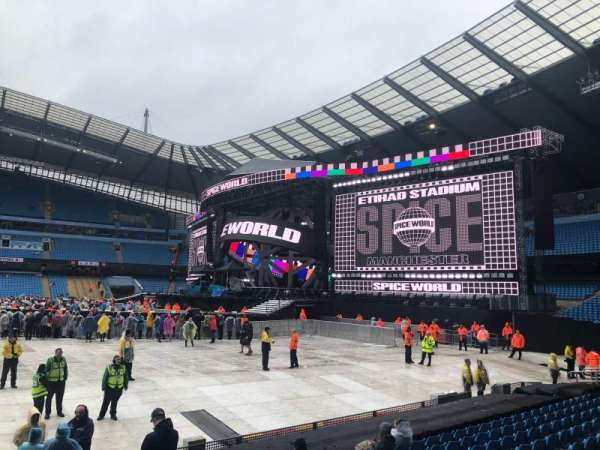 Etihad Stadium (Manchester), section: 104, row: L, seat: 70