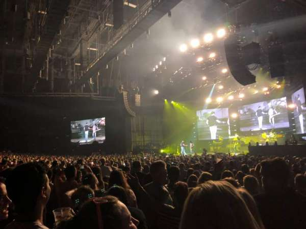 BB&T Pavilion, section: 100, row: R, seat: 12
