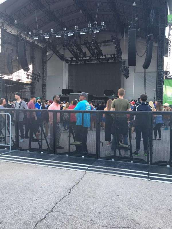 Huntington Bank Pavilion at Northerly Island, section: 203, row: B, seat: 3