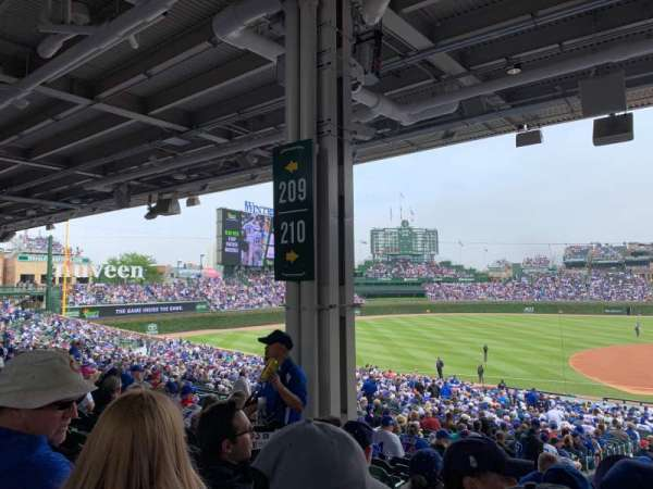 Wrigley Field, section: 210, row: 11, seat: 5