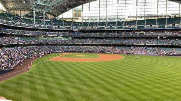Miller Park, section: 203, row: 5, seat: 17