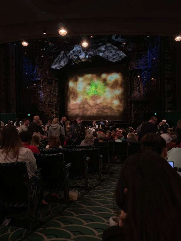 Apollo Victoria Theatre, section: Stalls, row: Y, seat: 9