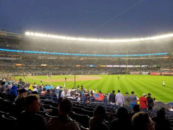 Yankee Stadium, section: 109, row: 20, seat: 13