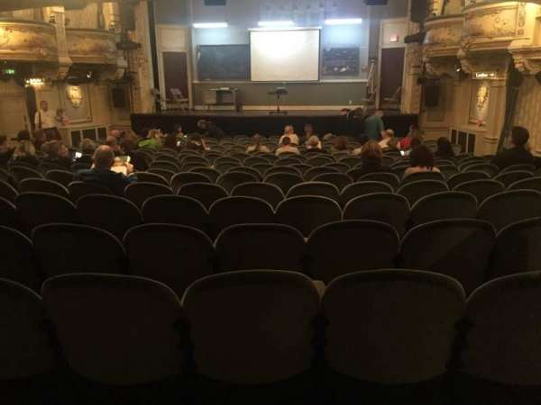 Wyndham's Theatre, section: Stalls, row: R, seat: 12
