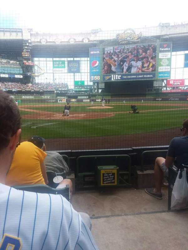 Miller Park, section: 117, row: 3, seat: 12