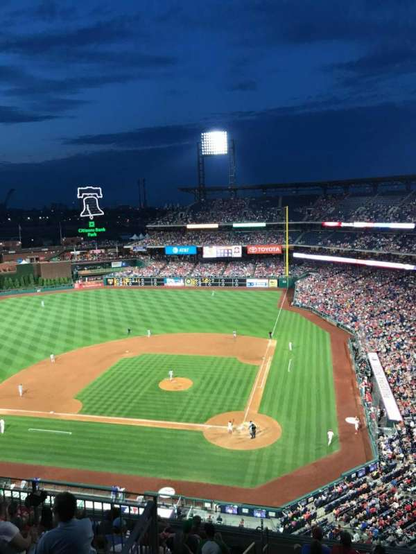 Citizens Bank Park, section: 423, row: 1, seat: 19