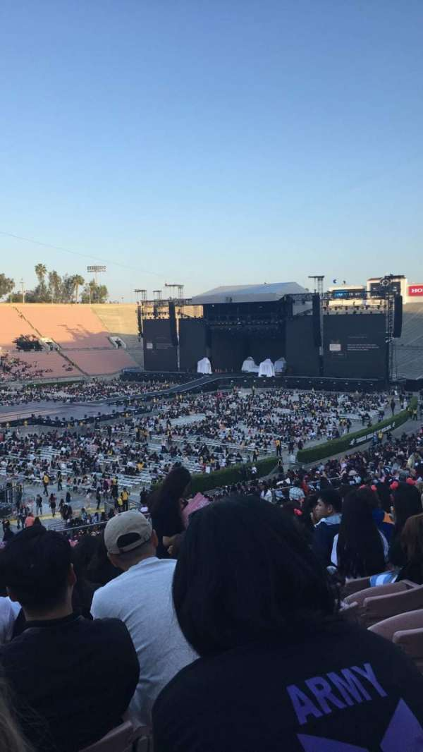 Rose Bowl, section: 15-H, row: 49, seat: 107