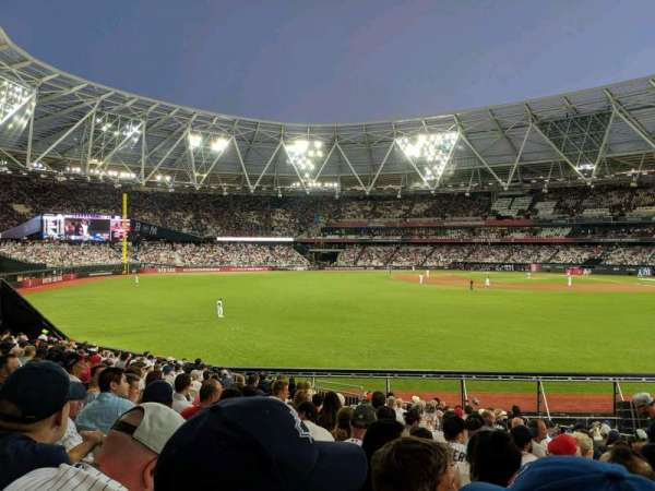 London Stadium, section: 140, row: 25, seat: 169