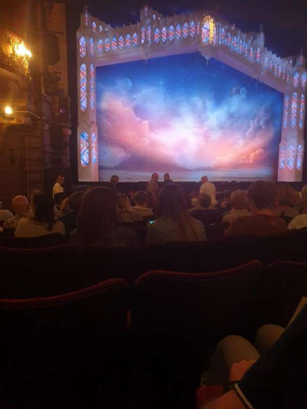 Palace Theatre (Manchester), section: Stalls, row: L, seat: 37
