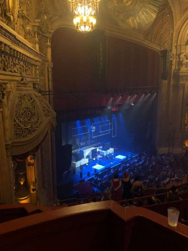 Chicago Theatre, section: Balcony Box 3, row: A, seat: 25