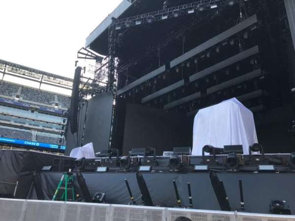 MetLife Stadium, section: Floor 2, row: 4, seat: 6