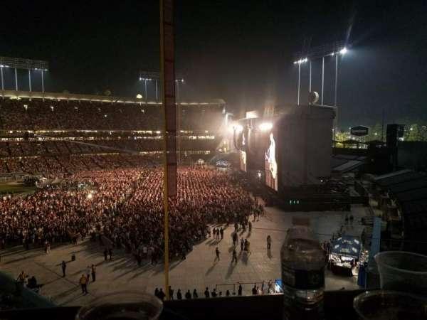 Dodger Stadium, section: Stadium Club