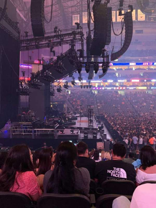 American Airlines Center, section: 121, row: S, seat: 7