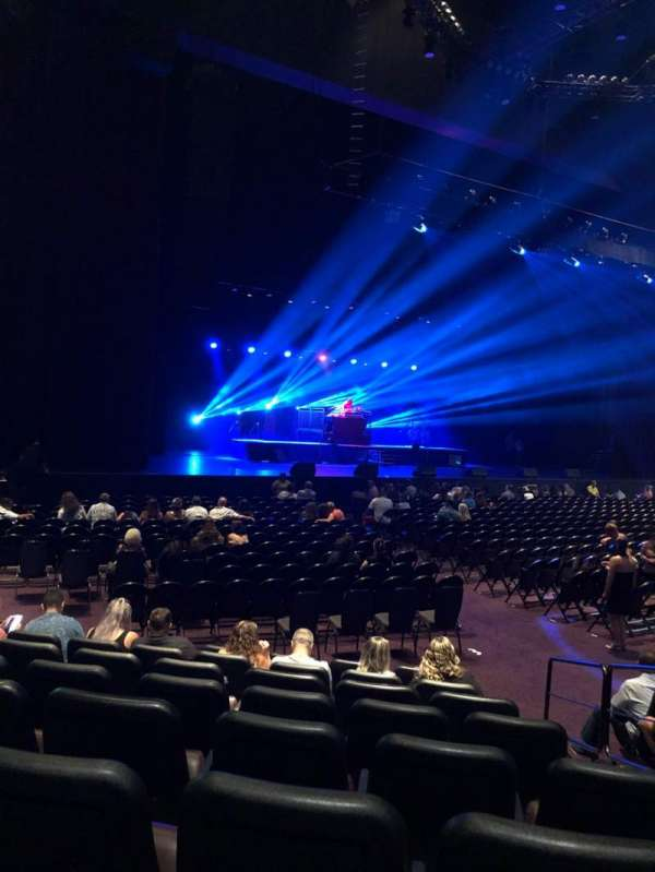 Ovation Theatre, section: 106, row: H, seat: 3