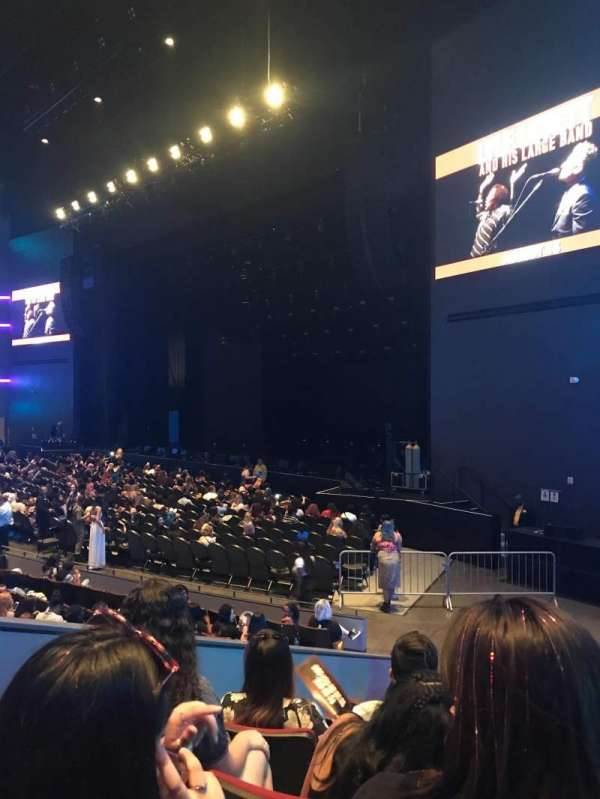 Smart Financial Centre, section: 105, row: V, seat: 3