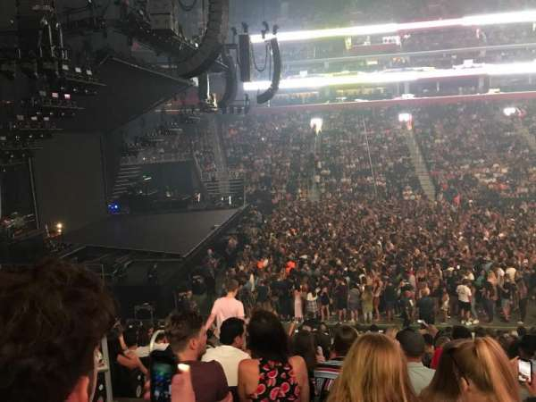Little Caesars Arena, section: 124, row: 17, seat: 17