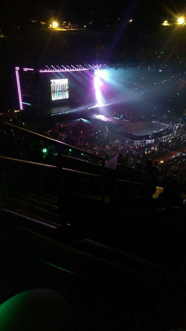 The Forum, section: 231, row: 12, seat: 3