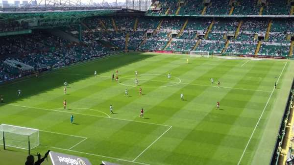 Celtic Park, section: 413, row: L, seat: 32
