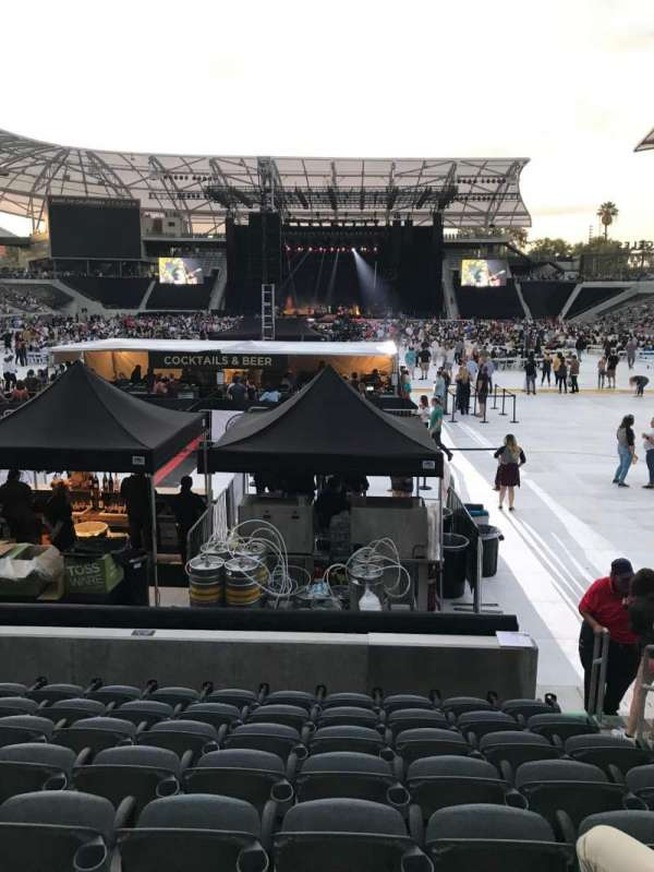 Banc of California Stadium, section: 122, row: H, seat: 4