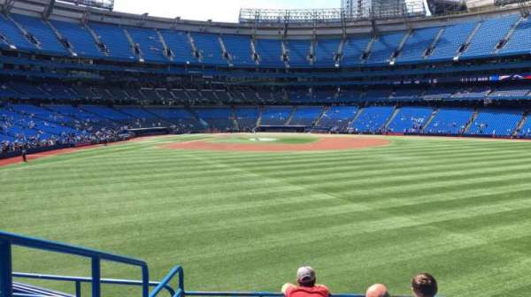 Rogers Centre, section: 104L, row: 6, seat: 109