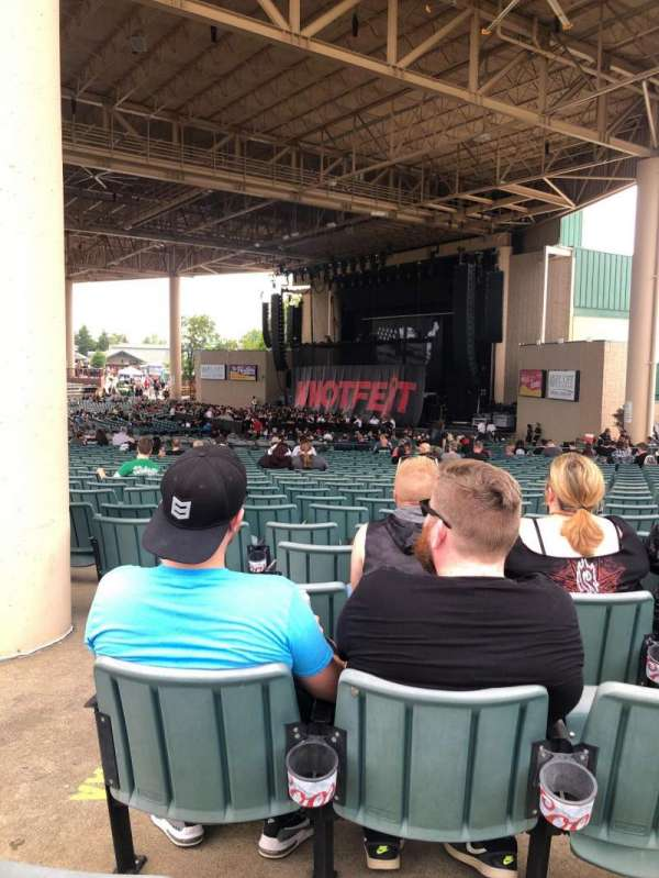 Ruoff Music Center, section: H, row: CC, seat: 25