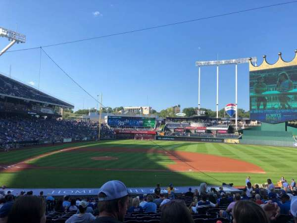 Kauffman Stadium, section: 134, row: X, seat: 4