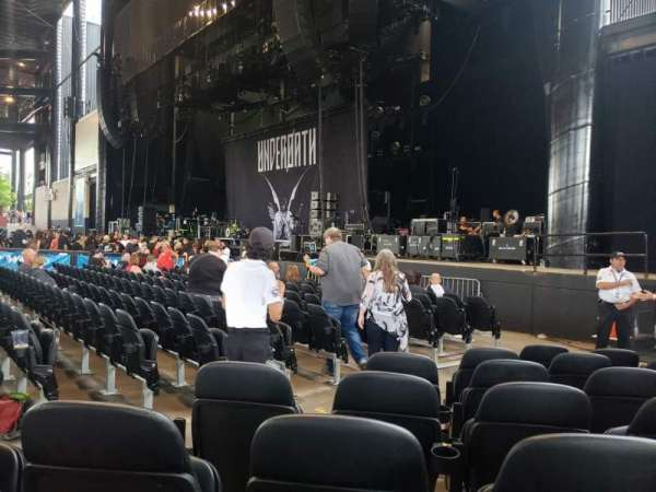 Hollywood Casino Amphitheatre (Tinley Park), section: 101, row: L, seat: 12