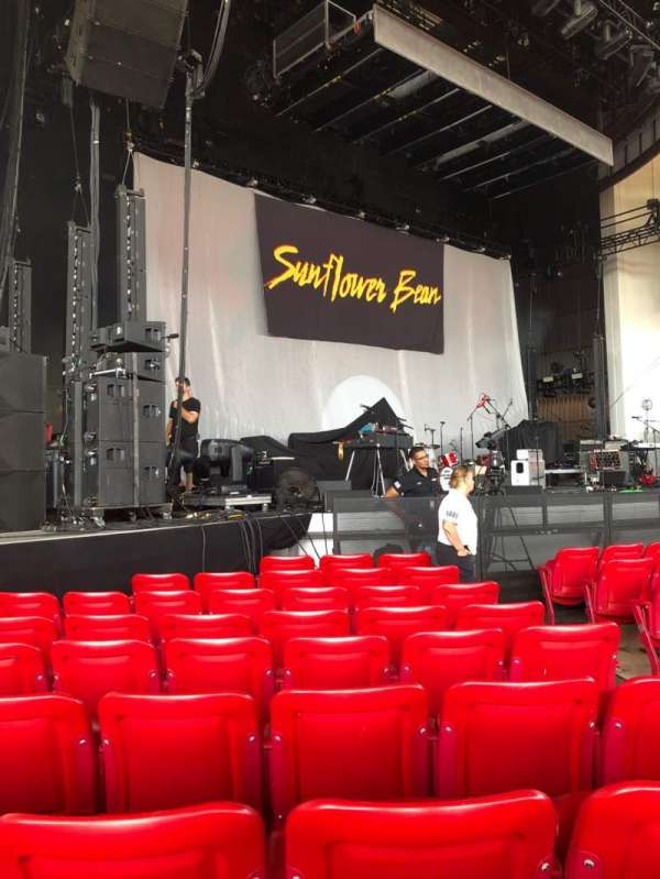 PNC Bank Arts Center, section: 101, row: J, seat: 7