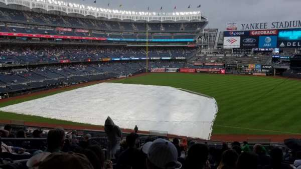 Yankee Stadium, section: 214a, row: 18, seat: 14