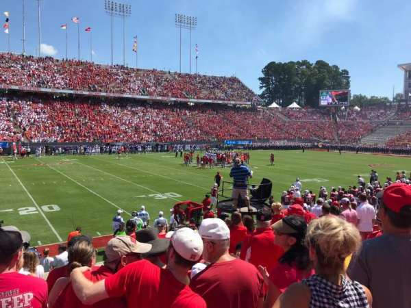 Carter-Finley Stadium, section: 22, row: M, seat: 33