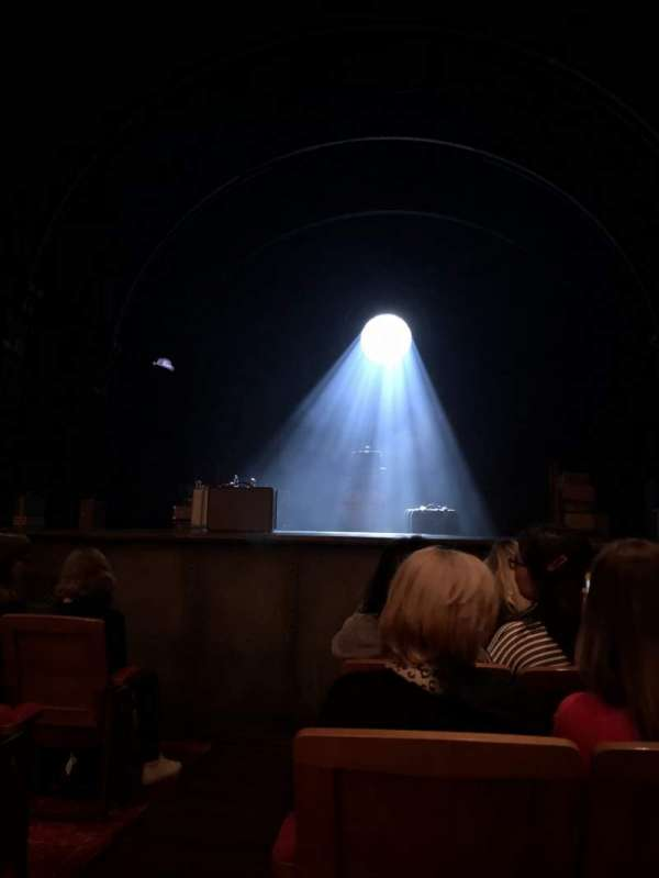 Princess Theatre (Melbourne), section: Stalls, row: D, seat: 22