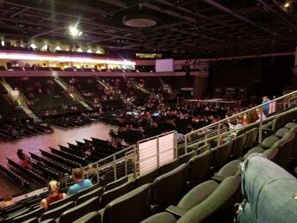 H-E-B Center at Cedar Park, section: 220, row: O, seat: 8