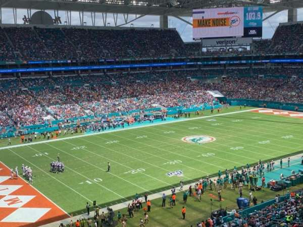 Hard Rock Stadium, section: 353, row: 1, seat: 1