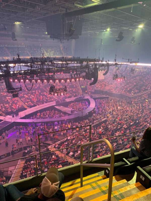 Sprint center, section: 212, row: 4, seat: 1
