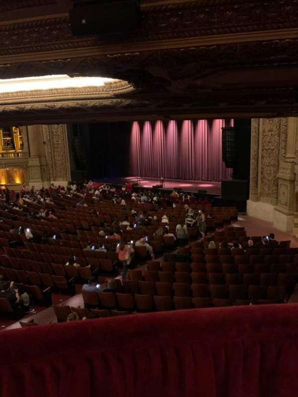 Chicago Theatre, section: Mezzanine box F, row: 1, seat: 1