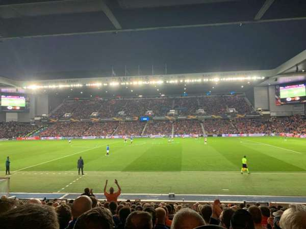 Ibrox Stadium, section: SE4, row: T, seat: 118