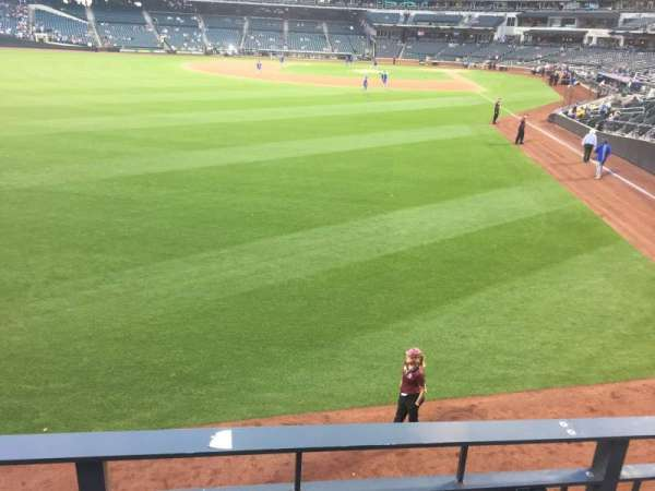 Citi Field, section: 134, row: D, seat: 3
