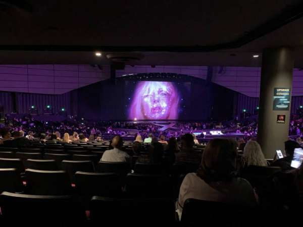 Zappos Theater, section: 206, row: AA, seat: 2
