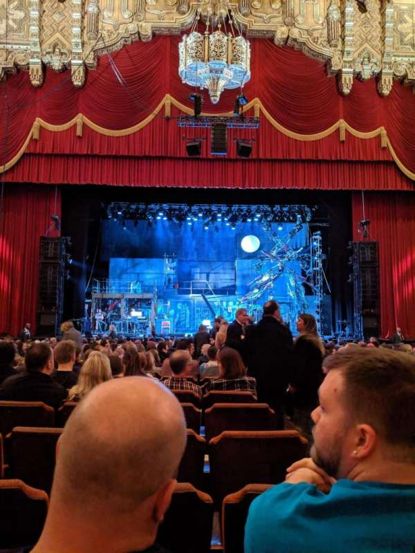 Fox Theatre (Detroit), section: F3, row: T, seat: 314