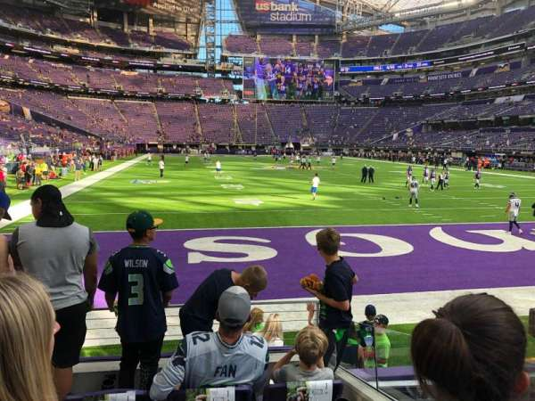 U.S. Bank Stadium, section: 143, row: 4