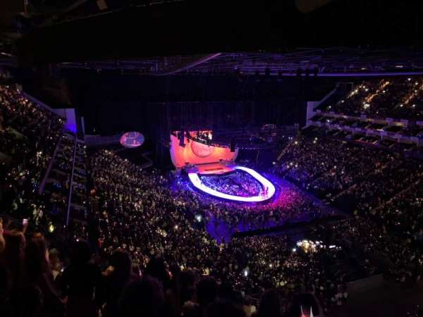 The O2 Arena, section: 408, row: Q, seat: 463